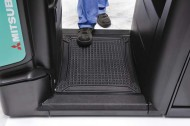 opb20ne-stepping-onto-platform