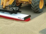 mega-960-at-grainstore-matbro-bracket