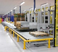 linpac-allibert-auto-pallet-dispensers-feed-three-sizes-of-pallets-to-assembly-area